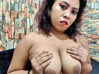 Hot big Boobs! - BigBoobsLyn